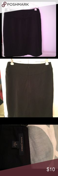 Black skirt Black, stretchy back zippered skirt, super comfortable perfect condition never worn! Banana Republic Skirts Midi