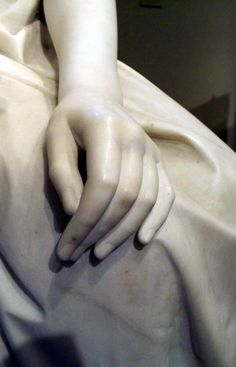Pietro Magni's marble statue The Reading Girl