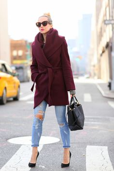 Brooklyn Blonde has Styled this Tahari Marla Shawl-Collar Wrap Coat to Perfection. Brooklyn Blonde, Mode Outfits, Winter Outfits, Casual Outfits, Looks Street Style, Looks Style, Look Fashion, Street Fashion, Fashion Coat