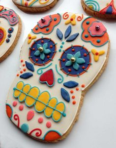 Casue Day of the Dead Cookies. How cool are these?? Reminds me of your Halloween costume!