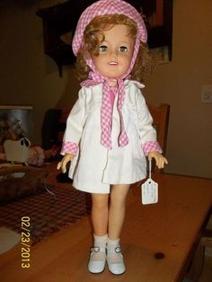 """IDEAL SHIRLEY TEMPLE DOLL 17"""" WITH FLIRTY EYES 1958"""