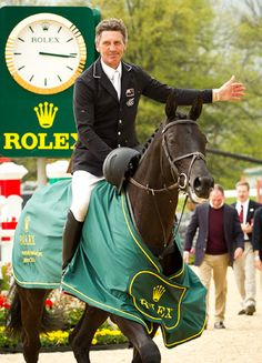 New Zealand's Andrew Nicholson and Quimbo win the four-star 2013 Rolex Kentucky Three Day Event, taking home $80,000 . #Rolex2013besttripever!