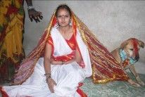 An 18 year old Indian girl has just married a dog in India after her village elders insisted it was necessary to remove a curse. Taxi, Indiana, Just Married, Indian Girls, Year Old, Kimono Top, Princess Zelda, People, Blue