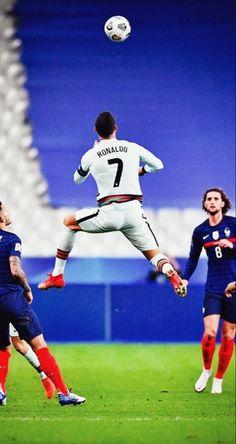 Ronaldo Goals, Cristino Ronaldo, Ronaldo Juventus, Basketball Court, Soccer, Neymar Jr, Football Players, Sport, Best Funny Jokes