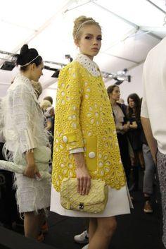 Louis Vuitton at Paris Fashion Week Spring 2012 - Backstage Runway Photos Look Fashion, Runway Fashion, High Fashion, Fashion Show, Womens Fashion, Fashion Design, Paris Fashion, Fall Fashion, Mode Chic