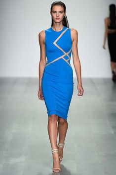 See all the Collection photos from David Koma Spring/Summer 2015 Ready-To-Wear now on British Vogue David Koma, Runway Fashion, Fashion Show, Fashion Design, London Fashion, Moda 3d, Blue Dresses, Dresses For Work, 2015 Fashion Trends