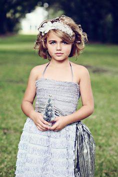 Dove grijs Vera Flapper bloemenmeisje jurk-met door DolorisPetunia