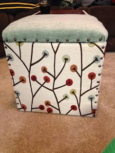 Chatty Paty's Crafting: Quick no sew ottoman recover..