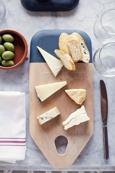 Cheese and Wine Tasting Class at Epicerie, Austin | Photos by Kate Lesueur for Camille Styles