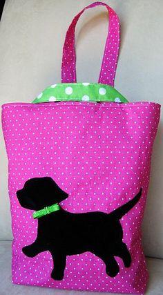 puppy tote                                                                      http://bp1.blogger.com/_0SSHP-m_ARg/RsxSwyUUllI/AAAAAAAABEY/IOF8wH-3qjI/s1600-h/puppylove.jpg