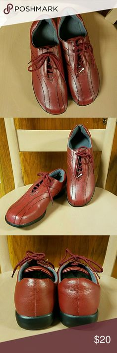 Unbranded Red Leather Uppers 9M Lace Up Shoes New and unworn. Leather uppers, balance man made materials,  FSC#F492151. Red Burgundy color. Great details.  No box. 9M Unbranded  Shoes Flats & Loafers