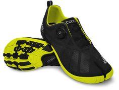 Race RR | Topo Athletic. http://collingwoodrunningdoc.blogspot.com/2013/08/tony-posts-tabi-design-new-attempt-at.html