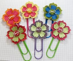 Flowers Bookmark Tutorial & Kit Stampin' Up! Fun Flowers Paper Clip Bookmarks by Jill Franchett at Jill's InkStampin' Up! Fun Flowers Paper Clip Bookmarks by Jill Franchett at Jill's Ink Paperclip Crafts, Paperclip Bookmarks, Crochet Bookmarks, Diy Paper, Paper Crafts, Secret Sister Gifts, Paper Clip Art, Book Markers, Craft Show Ideas