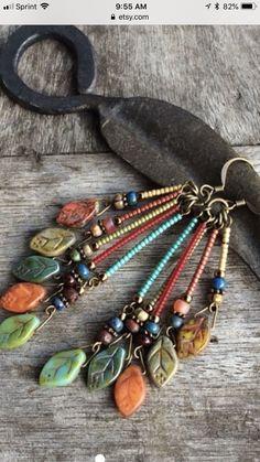 Explore Modern Earrings Design for Women Girls in Clay Jewelry, Jewelry Crafts, Beaded Jewelry, Beaded Bracelets, Jewellery, Jewelry Ideas, Artisan Jewelry, Handcrafted Jewelry, Do It Yourself Jewelry
