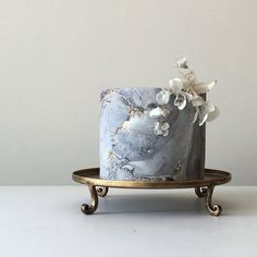Modern Masterpieces ~ Jasmine Rae Wedding Cakes ~ grey and gold marble cake with rice paper flowers