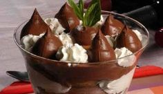 Food & Drink Archives - Page 11 of 31 - allabout. Greek Sweets, Greek Desserts, Party Desserts, Greek Recipes, Desert Recipes, Greek Cooking, Cooking Time, Brownies, Profiteroles