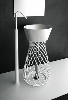 Hidra | Wire - wash basin on metal structure