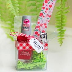 In minutes, create a unique hostess/thank you/ teacher appreciation gift that anyone would love to receive. Full step by step tutorial.