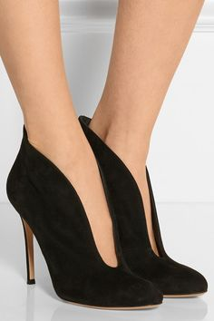 Gianvito Rossi | Vamp 100 suede ankle boots | NET-A-PORTER.COM, size 7