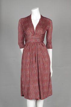 Kjole med bindebånd i silke/viskose jersey