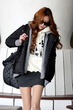 i would have liked the dress longer :) www.itsmestyle.com #fashion #kfashion #asianstyle