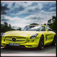 Eye catching Mercedes SLS AMG! #love