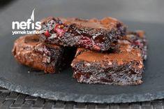 Içi Ekstra Islak Vişneli Brownie  #içiekstraıslakvişnelibrownie #kektarifleri #nefisyemektarifleri #yemektarifleri  #tarifsunum #lezzetlitarifler #lezzet #sunum #sunumönemlidir #tarif  #yemek #food #yummy