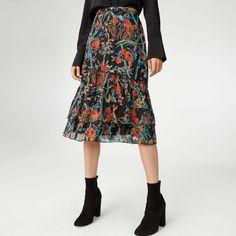 CLUB MONACO Loudie Midi Skirt. #clubmonaco #cloth #