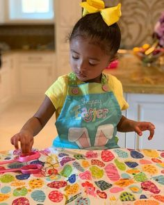 Vanessa Bryant is keeping her family's Easter traditions going in the wake of Kobe and Gigi's deaths. Kobe Bryant Socks, Kobe Bryant News, Kobe Bryant Shirt, Kobe Bryant Family, Bryant Lakers, Kobe Bryant Interview, Kobe Bryant Number, Kobe Brian, Kobe Basketball