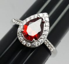 Stunning-Teardrop-Red-Costume-Ring-Silvertone-Band-with-Accents-Size-6