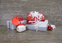 Valentine's Day Gift Wrap Pack