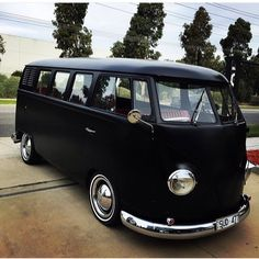 VW flat black bus # clean be van VW bus. X Bros Apparel Vintage Motor T-shirts, VW Beetle & Bus T-shirts, Great price Volkswagen Transporter, Vw T1 Camper, Vw Caravan, Auto Volkswagen, Vw Bus T1, Carros Vintage, Combi T2, Combi Split, Kdf Wagen
