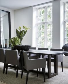 Dinning Room Tables, Dining Room Design, Küchen Design, House Design, Interior Design, House Extension Design, Colourful Living Room, Dream House Interior, Modern Bungalow