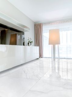 Modern Luxury Bedroom, Luxurious Bedrooms, Living Room Modern, Living Room Designs, Marble Floor Kitchen, White Marble Kitchen, Townhouse Interior, Apartment Interior, Home Theather