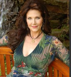 Wonder Woman of the Week: Lynda Carter (let's face it, she had to be on here some day)
