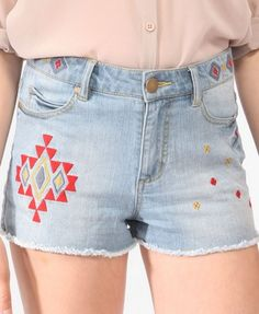 Forever 21 is the authority on fashion & the go-to retailer for the latest trends, styles & the hottest deals. Shop dresses, tops, tees, leggings & more! Shop Forever, Forever 21, Embroidered Clothes, Denim Cutoffs, Girls Jeans, Diy Clothes, Latest Trends, Anna, Sew