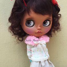 Custom Blythe Art Doll By StableHouse                                                                                                                                                      Mais