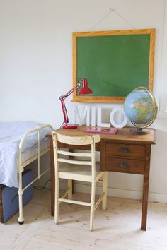 vintage desk, chalk board and a globe. love it.  Lettering on desk (paint mint, brown, or pink)