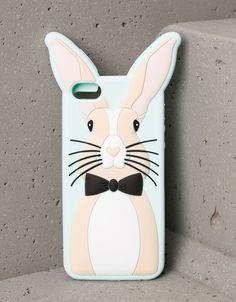 Carcasa Doctor Conejo iPhone 5/5s. Descubre ésta y muchas otras prendas en Bershka con nuevos productos cada semana