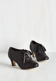 Dance it Up Heel in Black. Is today one of those days when you just can't resist strutting the whole way from breakfast to bedtime? #black #modcloth