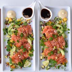 Sashimi, Bruschetta, Cobb Salad, Nom Nom, Food And Drink, Veggies, Tasty, Favorite Recipes, Ethnic Recipes