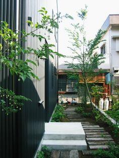 伊豆の国市のデザイン設計事務所STUDIO FRONT ROOMです。