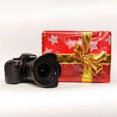 Zu meinen #Fotoworkshops bringen #Immobilienprofis ihre #Fotoausrüstung mit. In manchen Fällen gibt es Anlass zum Stirnrunzeln. Bald ist Gelegenheit, sich beschenken zu lassen, sich selbst zu beschenken oder anderen eine Freude zu machen. Hier sind einige #Empfehlungen jenseits von #Kamera und #Objektiv, die das #Fotografieren guter #Immobilienfotos leichter machen. . . . . . #fotografie #weihnachtsgeschenk #geschenk #foto #christmas #geschenkidee #geschenkempfehlung  #weihnachtszeit… Last Minute, Car, Photos, Real Estate Photography, Lens, Pot Holders, Xmas Presents, Christmas Time, Automobile