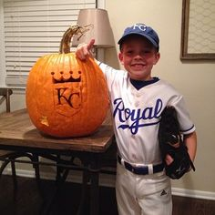 royals p jeremy guthrie is dressing up as teammate bruce chen for