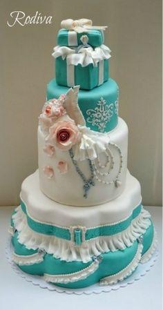 turquoise Tiffany's box cake