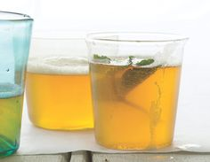 A refreshing American twist on a shandy, a British drink made with ale, citrus juice, and ginger ale. Ingredients: 6 oz India pale ale, 4 oz lemonade, and lemon peel or mint sprig for garnish.