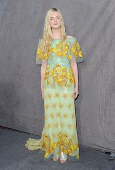 Elle Fanning Style Evolution Proves Risk-Taking Is Appropriate At Any Age (PHOTOS)
