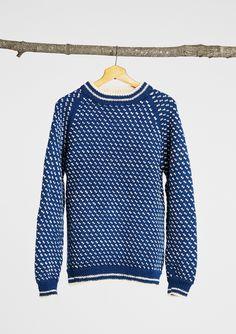 Islender herregenser fra Sandnes garn Crochet Hooks, Knit Crochet, Chrochet, Sweater Fashion, Men Sweater, Nordic Style, Knitting Projects, Knitting Ideas, Knitwear