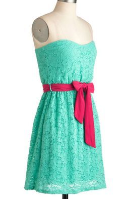 (http://www.adabelles.com/the-raspberry-mint-gelato-dress/)