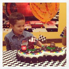DIY Disney Cars Birthday Cake...my sons 3rd Birthday. I like the Oreos on the edge like tyres